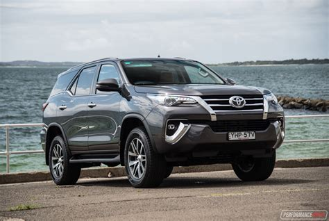 toyota fortuner crusade review video performancedrive