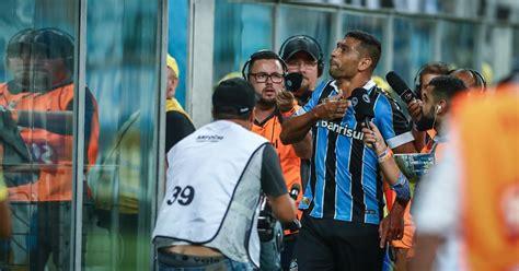 Grêmio dá show, Diego Souza marca e torcida 'faz as pazes ...