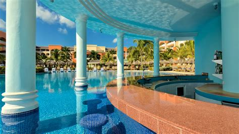 All-Inclusive hotel Iberostar Selection Rose Hall Suites ...