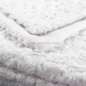 Plaid Fourrure Blanc : plaid imitation fourrure rosea blanc eminza ~ Nature-et-papiers.com Idées de Décoration