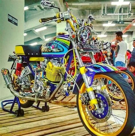 Honda Cb 100 Modifikasi by Foto Modifikasi Honda Cb 100 Thailook Sang Raja Kontes
