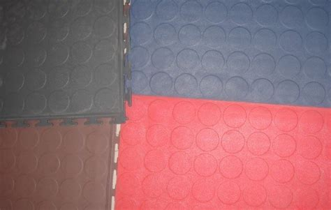 china interlocking pvc garage floor tiles with blind