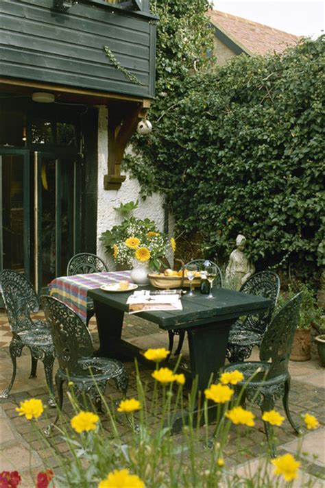 traditional country patio outdoor patio design ideas lonny