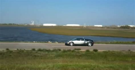 Bugatti Into Lake by Who Drove A 1m Bugatti Into A Lake Is Going To