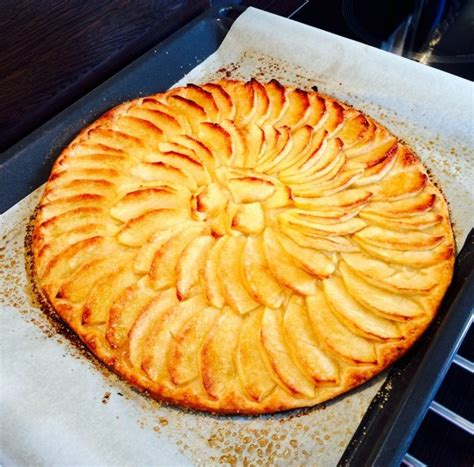 tarte au pomme pate feuilletee tarte aux pommes sur p 226 te feuillet 233 e croustiflex
