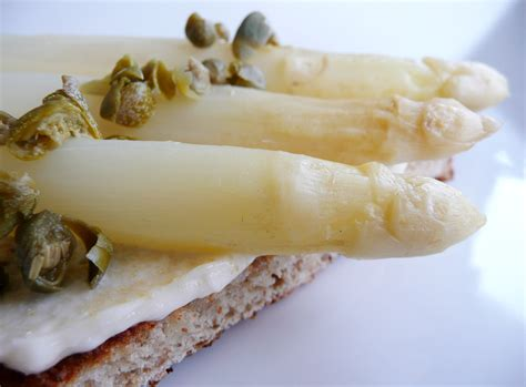 white asparagus white asparagus toasts with garlic aioli feeding my folks