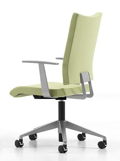 task chair with wheels and armrests for home office