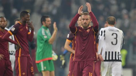 Roma Star Daniele De Rossi Sorry For Mario Mandzukic Insult