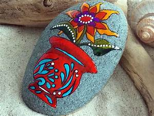 204 best images about Pretty Painted Rocks on Pinterest ...
