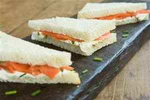Smoked Salmon Sandwiches with Cream Cheese and Chives ...