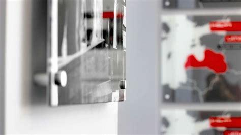 Stiklu apdruka un grafiskais dizains   Hromets poligrāfija