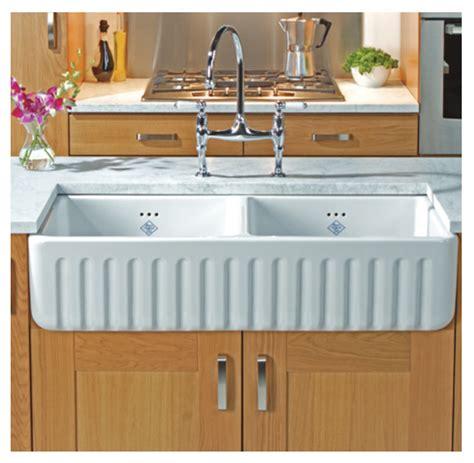 ceramic kitchen sinks reviews tips on choosing a belfast ceramic sink 5181