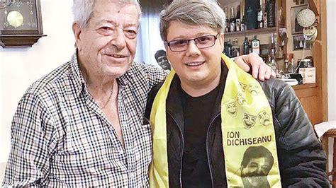 """La 52 de ani ion dichiseanu a cunoscuto pe simona florescu , cu 34 de ani mai tanara decat el , la galati. Ion Dichiseanu, la 86 de ani. """"Sunt activ, îmi place viaţa ..."""