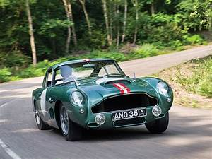 Aston Martin Db4 Gt : aston martin db4gt prototype heads to auction with 8 million est gtspirit ~ Medecine-chirurgie-esthetiques.com Avis de Voitures