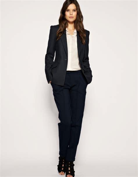 dress   job interview