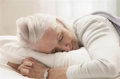 Dementia Sleeping For More Than Nine Hours A Night 'puts