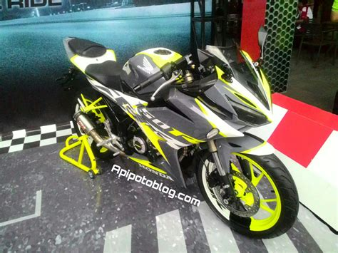 Modifikasi Cbr150r Merah by Modif Warna Motor Cbr 150 Kumpulan Modifikasi Motor