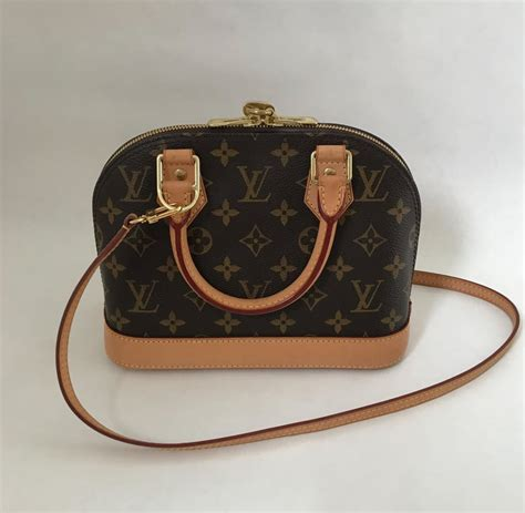 louis vuitton alma bb monogram canvas lyxense