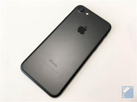 iphone 7 iphone 7 iphone 7ブラックを朝イチゲットしたので詳細レビュー iphone 6sと見た目 性能差も比較した