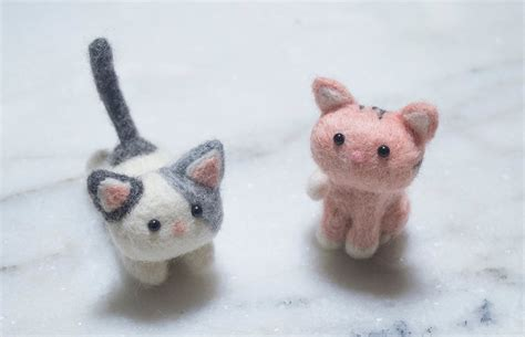 needle felted cats everybunny crafts