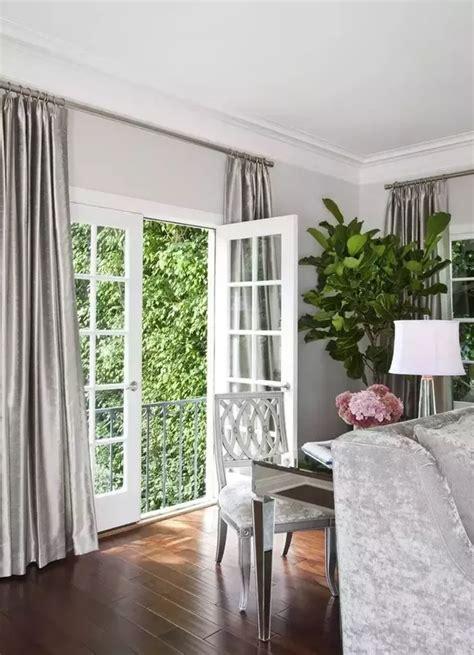 colour curtains   white   grey walls