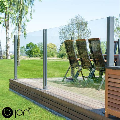 windschutz aus glas hochwertiger design glas sichtschutz glaszaun