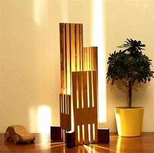 Lampe Design Bois : lampe en bois design clairage led ebrino par woodlampdesign id es pour la maison pinterest ~ Teatrodelosmanantiales.com Idées de Décoration