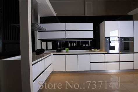 painting mdf kitchen cabinets high gloss white lacquer kitchen cabinet white wood 4050