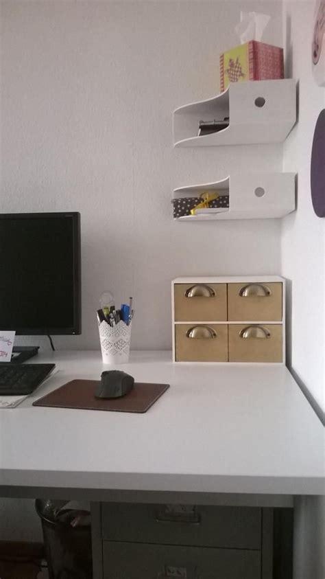 Ikea Regale Arbeitszimmer by Platzsparend Im Arbeitszimmer Holzordner Als Regale