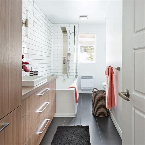 salle de bain tout en longueur salle de bain inspirations d 233 coration et r 233 novation