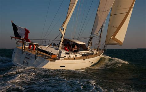 Blue Water Cruising Catamaran Vs Monohull by Monohull Or Multihull Which Is Best For Blue Water