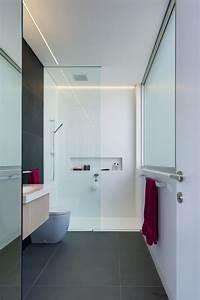 Dusche Mit Glaswand : ebenerdige dusche mit glaswand in wei wohnen ~ Orissabook.com Haus und Dekorationen