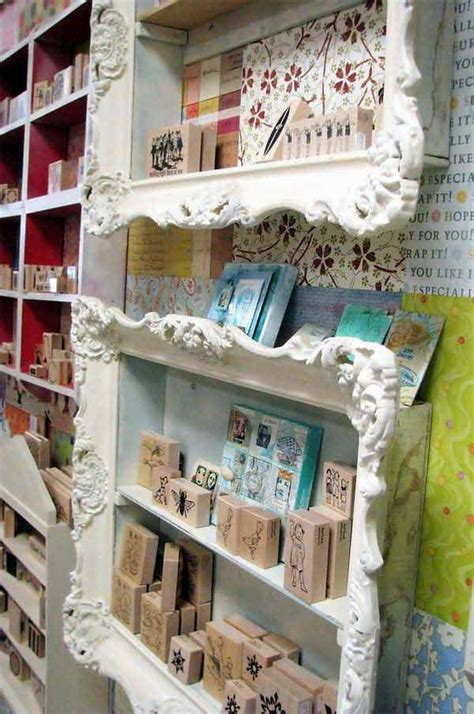 amazing ways  repurpose reuse  picture frames