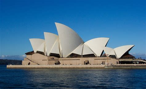 We offer a range of cruises on sydney harbour that include sightseeing, lunch and dinner cruises, where customer satisfaction is guaranteed at every touch point. Music Venues in Cruise Destinations | Cruise Advice | SixStarCruises