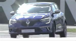 Megane Gt 2016 : 2016 renault megane gt takes to the circuit to prove it 39 s a renault sport hatch autoevolution ~ Maxctalentgroup.com Avis de Voitures