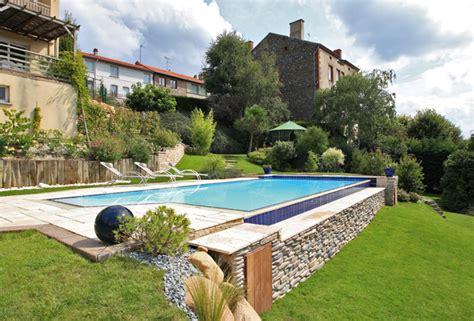 La piscina lounge LivingCorriere