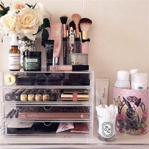 bureau maquillage les 25 meilleures idées de la catégorie tables de