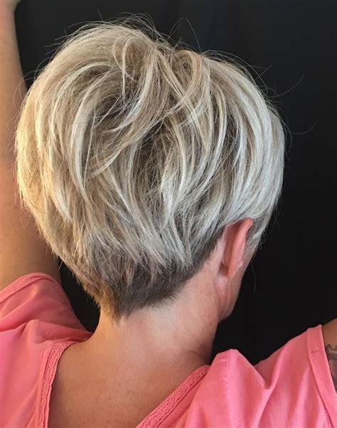 short classic wedge haircut   lady short