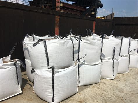 BULK BAG, SAND, BALLAST, TYPE (1), (TOPSOIL £45)   in