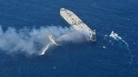 Sri Lanka salvage team working to stop fuel leak from fire ...