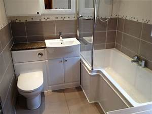 Bathtub fitters kitchens and bathrooms bathroom fitter in for Bathroom fitters grimsby