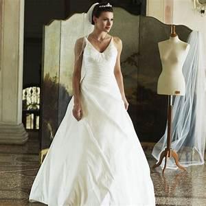 Robe de mariage pas cher en taffetas instant precieux for Robe de mariée créateur pas cher