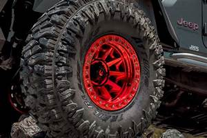 17 U0026quot  Fuel Wheels D113 Covert Beadlock Candy Red Off