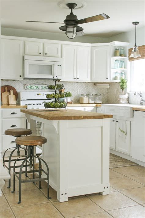 diy island ideas  small kitchens beneath  heart