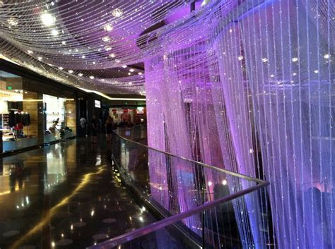 the stunning chandelier bar at the cosmopolitan