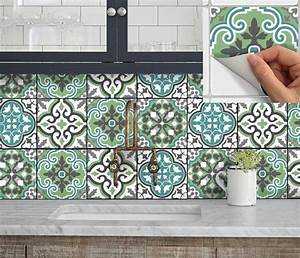 les 25 meilleures idees concernant stickers cuisine sur With carrelage adhesif salle de bain avec cameo par led