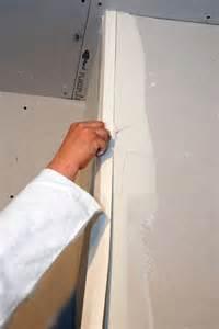 Pose Papier Peint Angle Saillant finition des angles avec la bande arm 233 e no coat 174 de placo