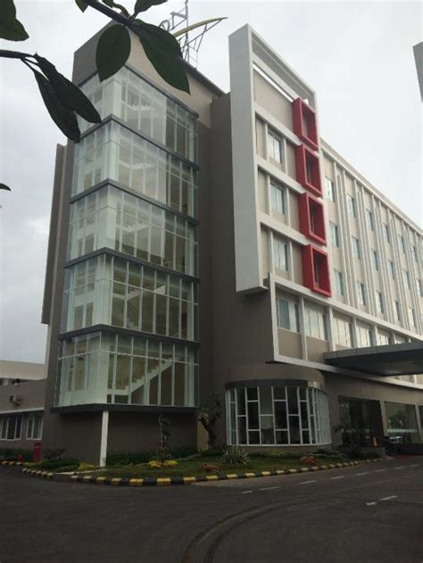 horison hotel sukabumi indonesia reviews