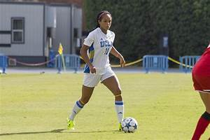 Women's soccer ties 2-2 against No. 16 BYU in scrimmage ...