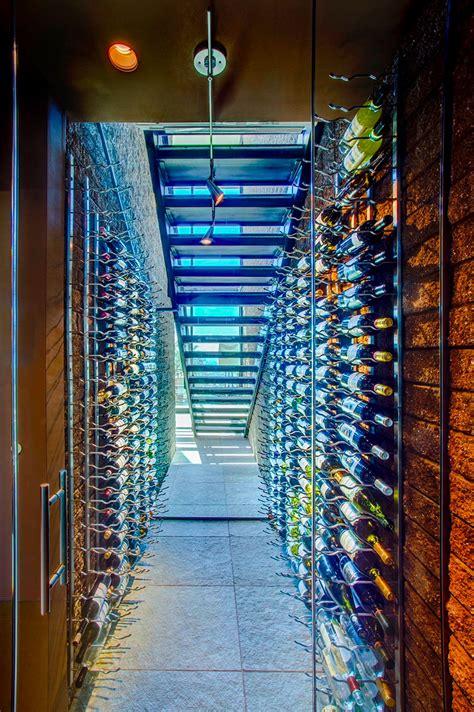 cave a vin escalier 20 id 233 es de rangement pour vos bouteilles de vin